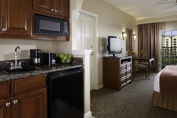 Room, 1 King Bed, Accessible, Bathtub - In-Room Kitchenette