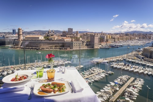 This family-friendly Marseille hotel is located by the sea, within 1 mi (2 km) of Vieux Port and Notre-Dame de la Garde. La Vieille Charite and Museum of European and Mediterranean Civilisations are also within 2 mi (3 km). Vieux-Port Station is 16 minutes by foot and Estrangin Station is 23 minutes.  Swimming poolHigh-speed Internet