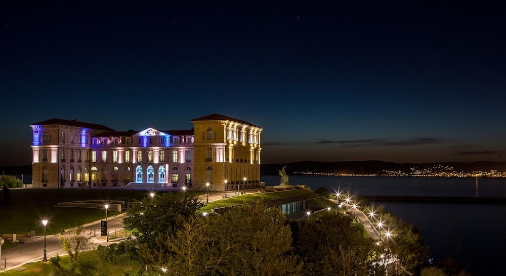 Sofitel marseille vieux port marseille 2018 hotel prices expedia - Sofitel vieux port marseille ...