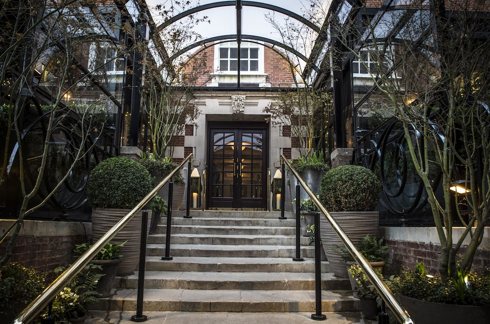 Property Entrance, The Bloomsbury
