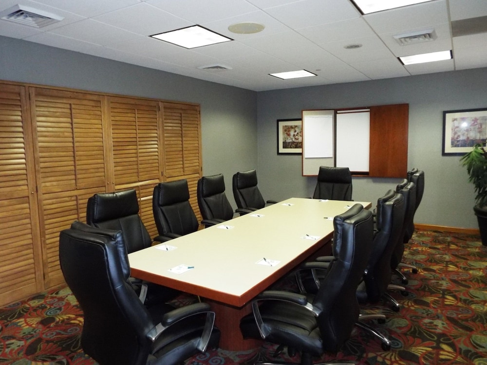 Meeting Facility, Wingate by Wyndham - Greensboro
