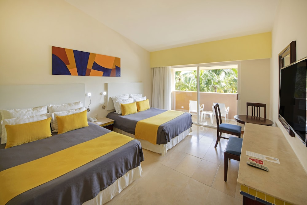 Room, Viva Wyndham Azteca Resort - All Inclusive