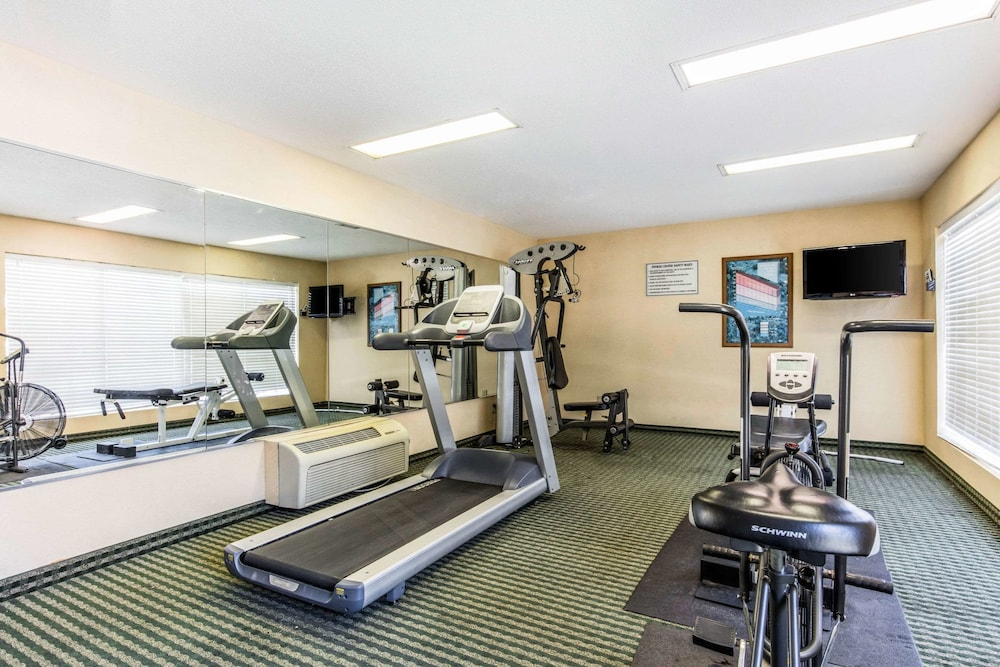 Fitness Facility, Quality Inn Bessemer I-20 exit 108