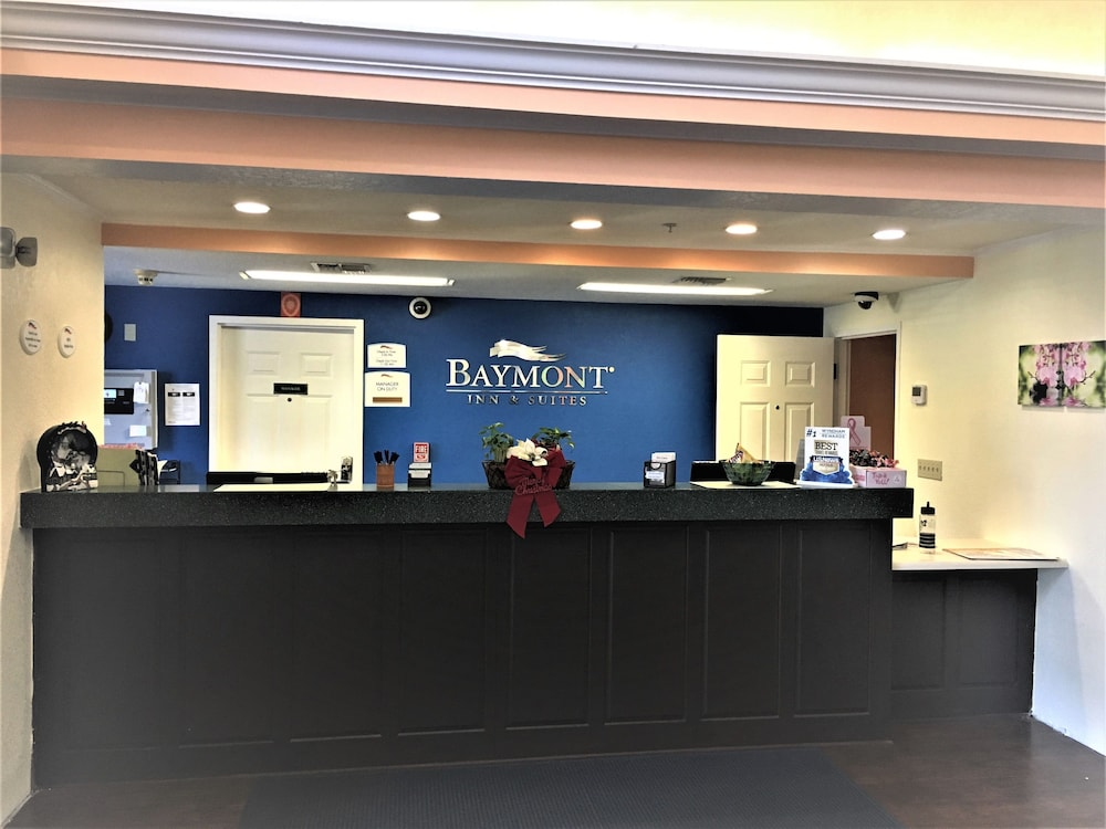 Reception, Baymont by Wyndham Lakeland