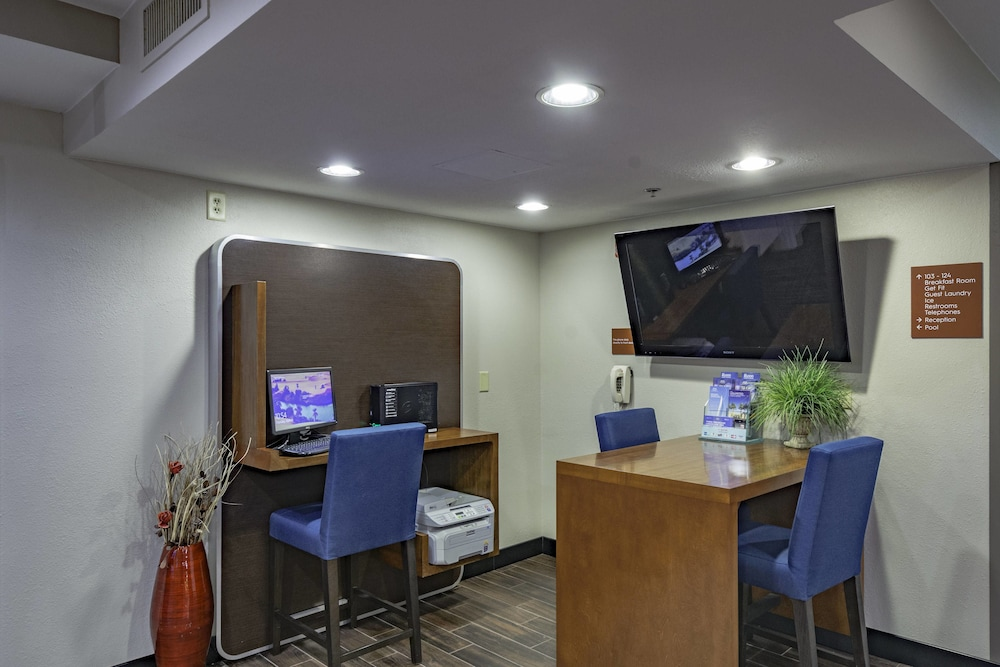 Towneplace Suites By Marriott Streetsboro Akron Usa Best Price Guarantee Lastminute Com Au