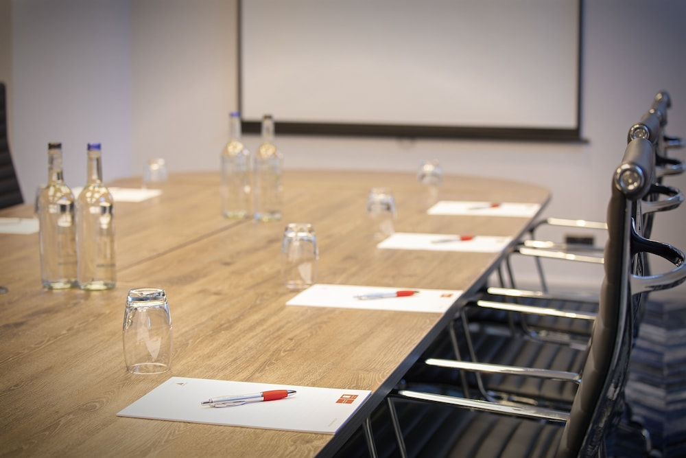 Meeting Facility, Leonardo London Heathrow Airport