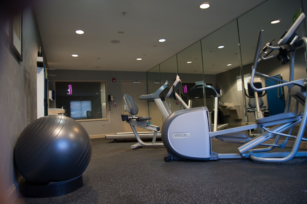 Fitness Facility, Holiday Inn Express Dallas-North Tollway (N Plano), an IHG Hotel