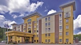 La Quinta Inn & Suites Elkview - Charleston NE - Elkview Hotels