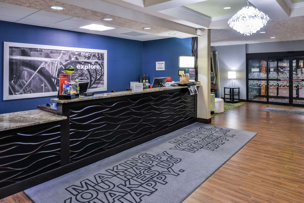 Reception, Hampton Inn Eugene