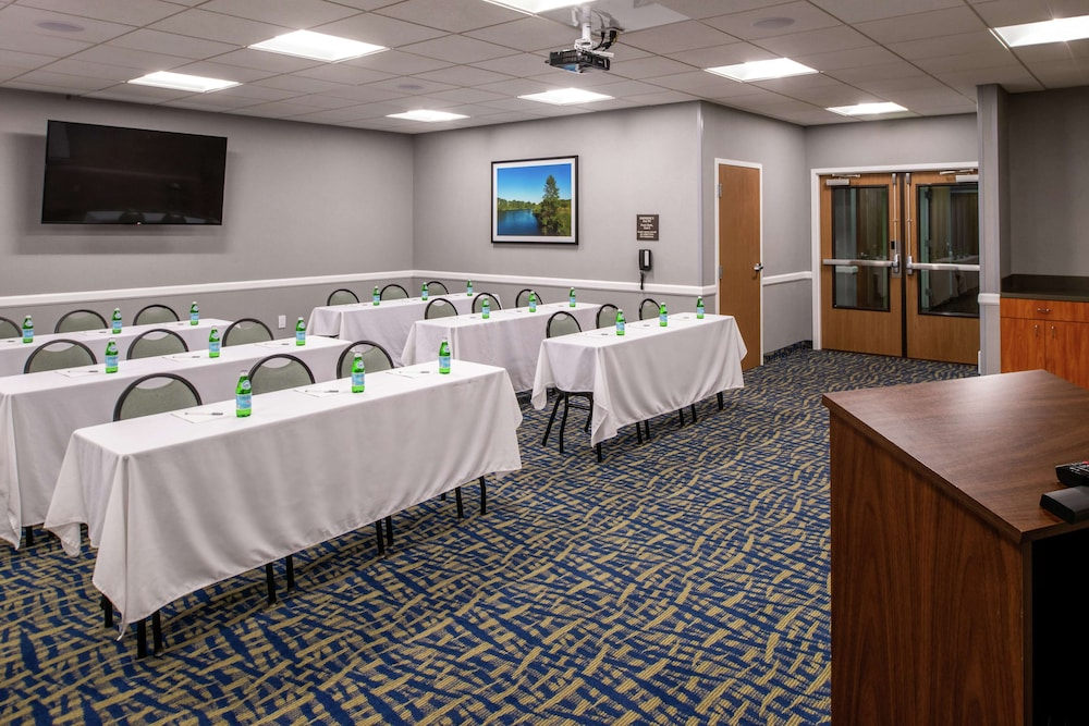 Meeting Facility, Hampton Inn Eugene