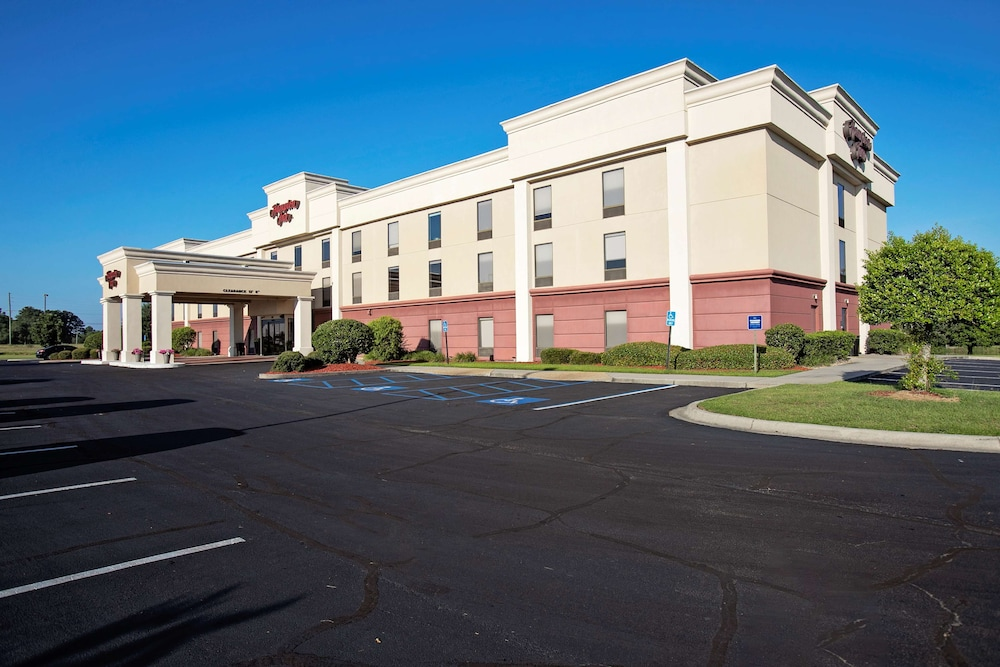 Featured Image, Hampton Inn Moultrie