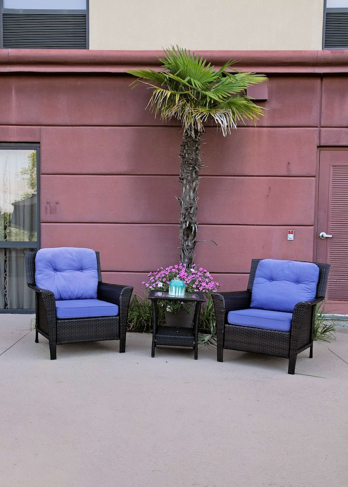 Terrace/Patio, Hampton Inn Moultrie