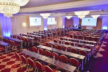 JW Marriott Bucharest Grand Hotel Deals & Reviews (Bucharest