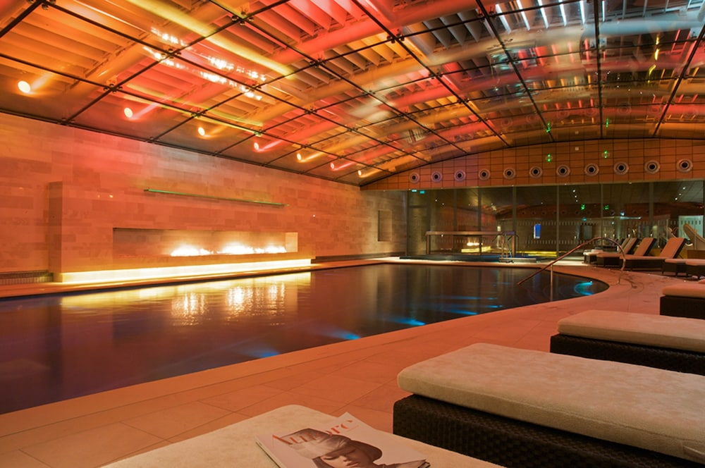 Lucknam park chippenham 2019 hotel prices for Chippenham outdoor swimming pool