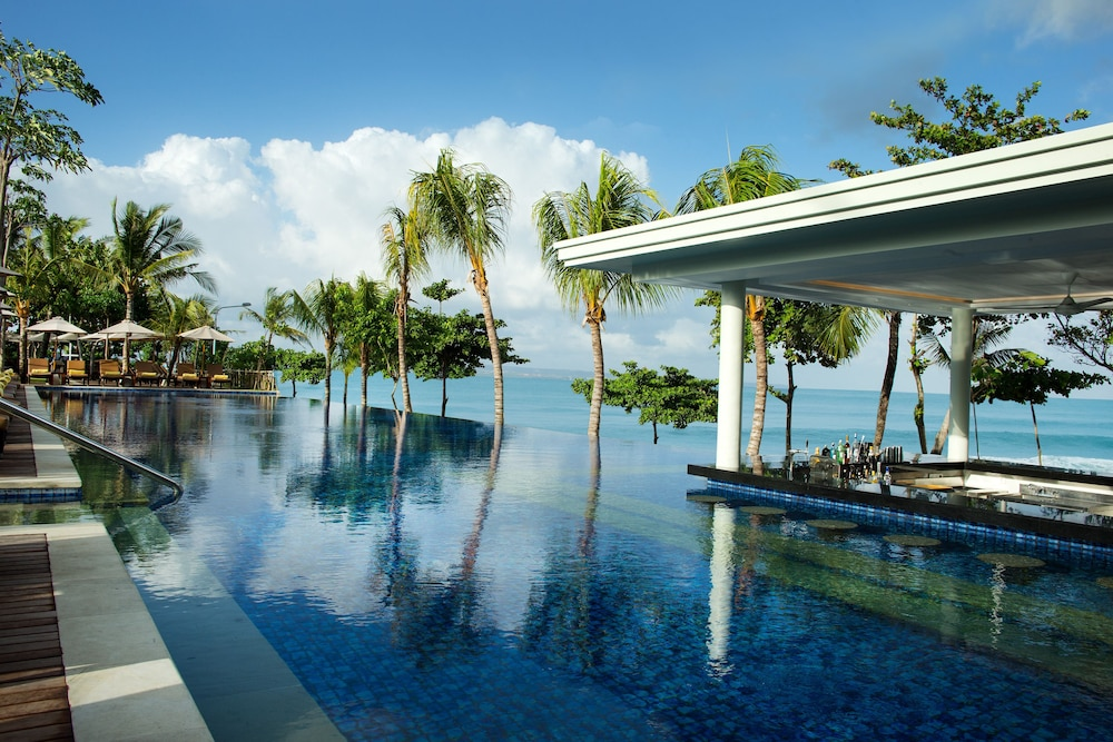 Infinity Pool, Padma Resort Legian