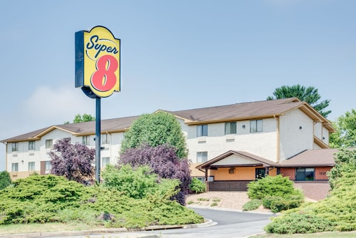 Check Expedia for Availability of Super 8 by Wyndham Hagerstown