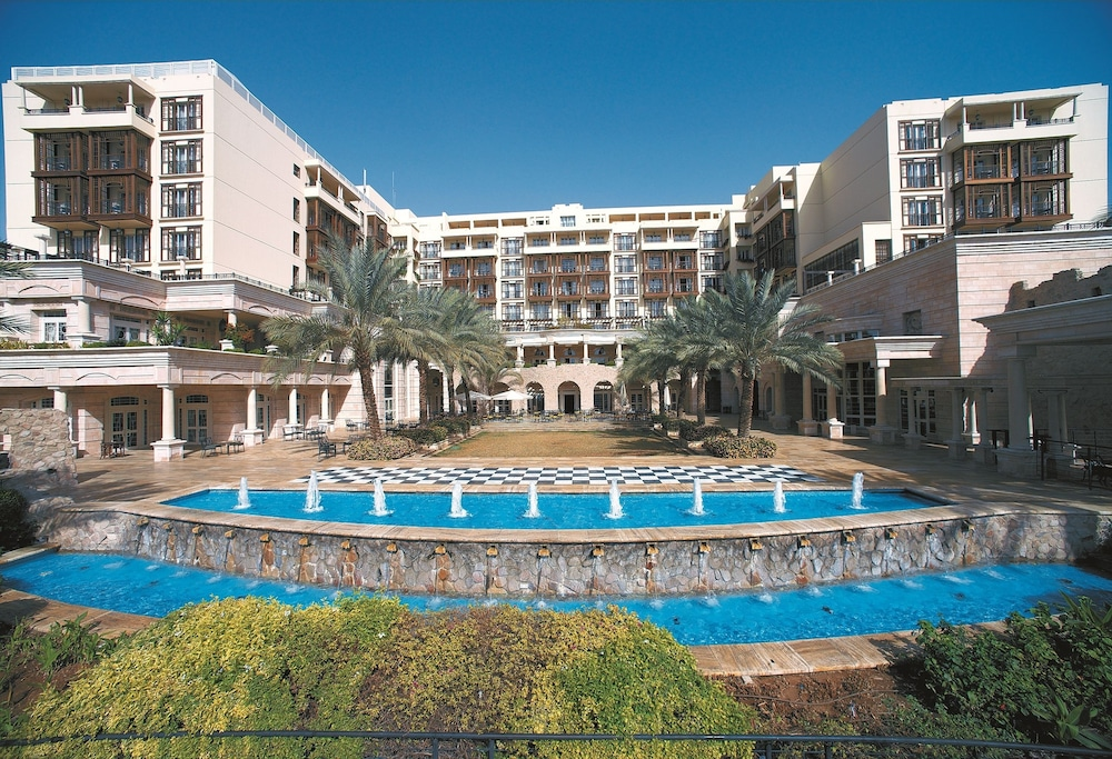 Front of Property, Movenpick Resort & Residences Aqaba