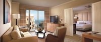 Suite, 1 King Bed with Sofabed, Oceanfront