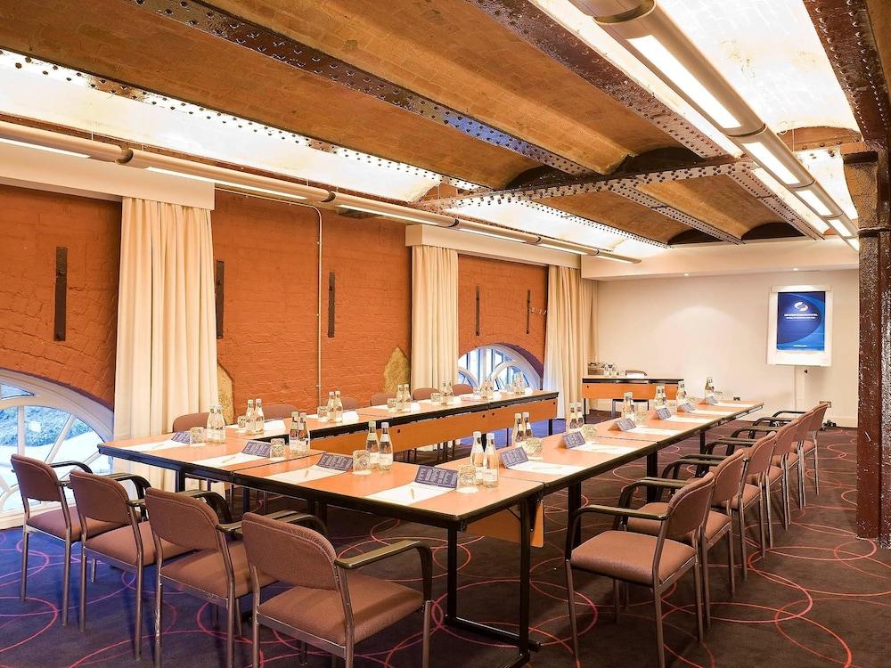 Novotel Cardiff Meeting Rooms