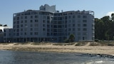 Ocean Breeze Hotel - Cape Town Hotels