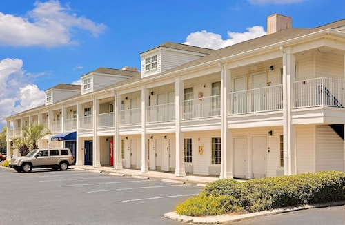 Great Place to stay Baymont by Wyndham Georgetown/Near Georgetown Marina near Georgetown