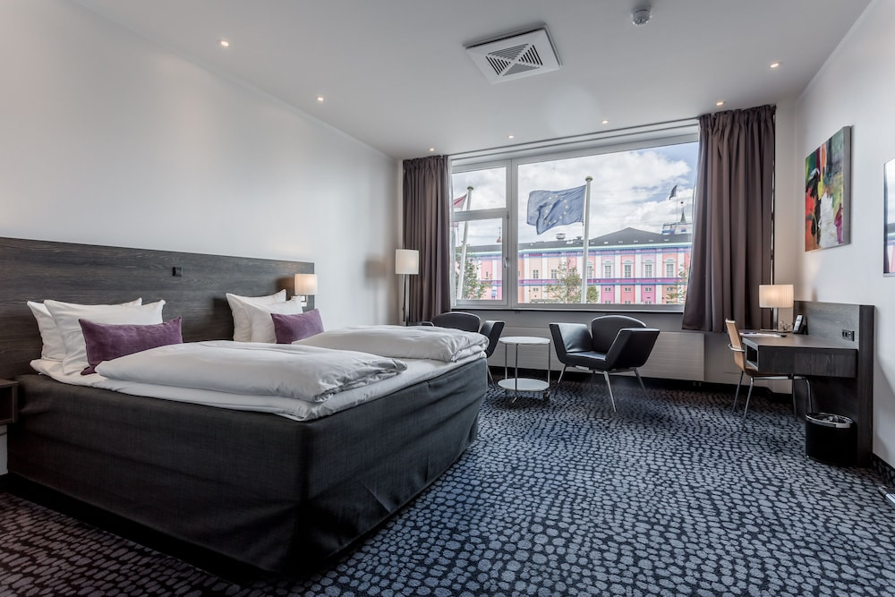 copenhagen mercur hotel in copenhagen hotel rates reviews on orbitz. Black Bedroom Furniture Sets. Home Design Ideas