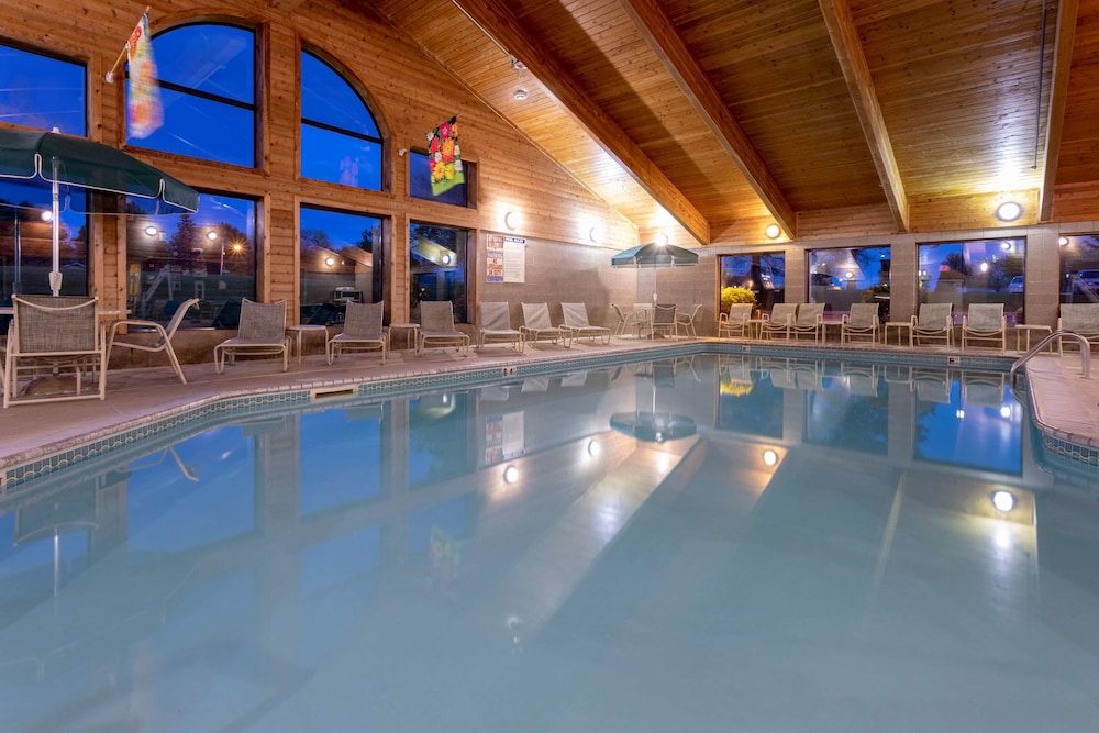 Indoor Pool,  GrandStay Hotel & Suites Peoria