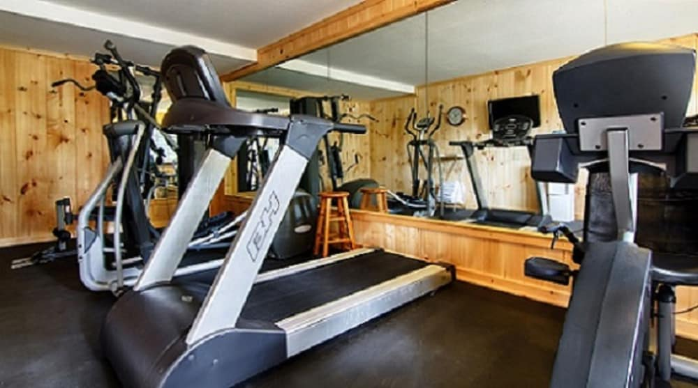 Fitness Facility, The Smokehouse Lodge and Cabins