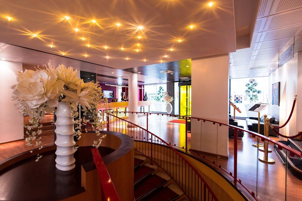 best western hotel charlemagne lyon fra. Black Bedroom Furniture Sets. Home Design Ideas