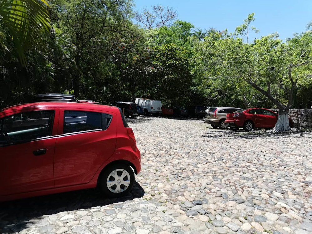 Parking, Las Brisas Ixtapa