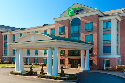 Holiday Inn Express Hotel & Suites Warwick-Providence