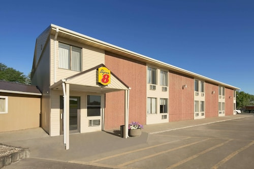 Great Place to stay Super 8 by Wyndham Redfield near Redfield