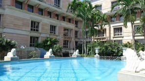 Outdoor pool, open 7 AM to 7:30 PM, pool umbrellas, sun loungers