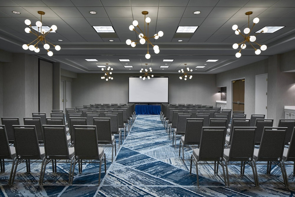 Meeting Facility, Delta Hotels by Marriott Norfolk Airport