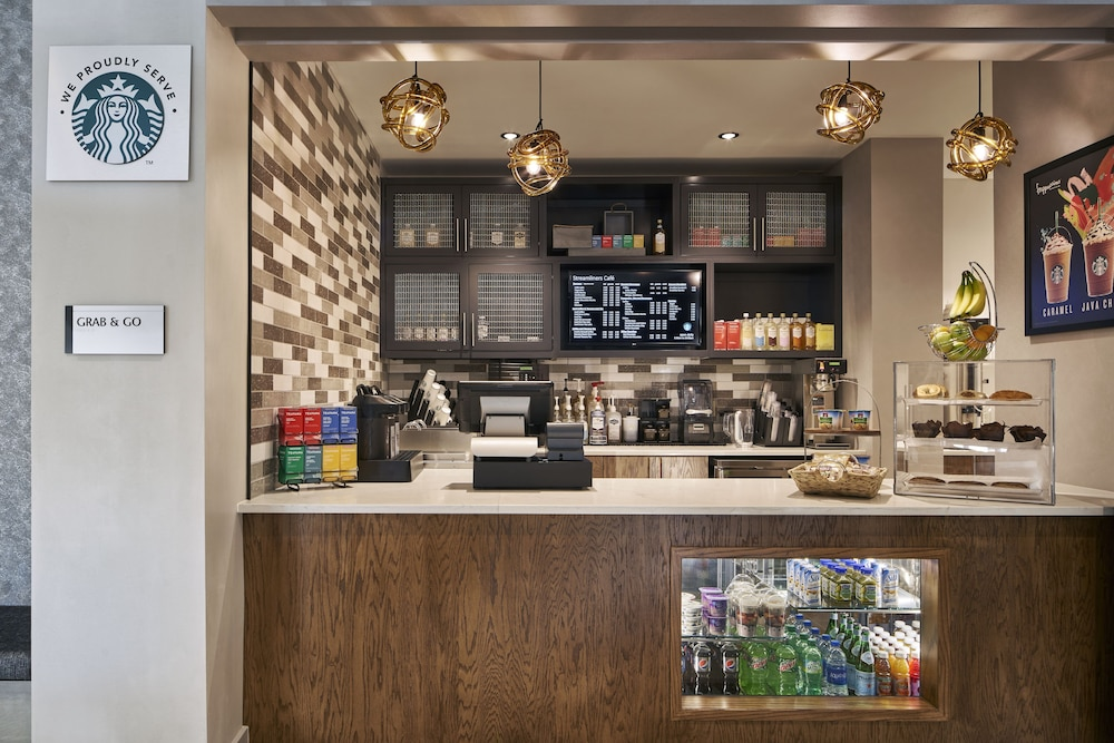 Cafe, Delta Hotels by Marriott Norfolk Airport