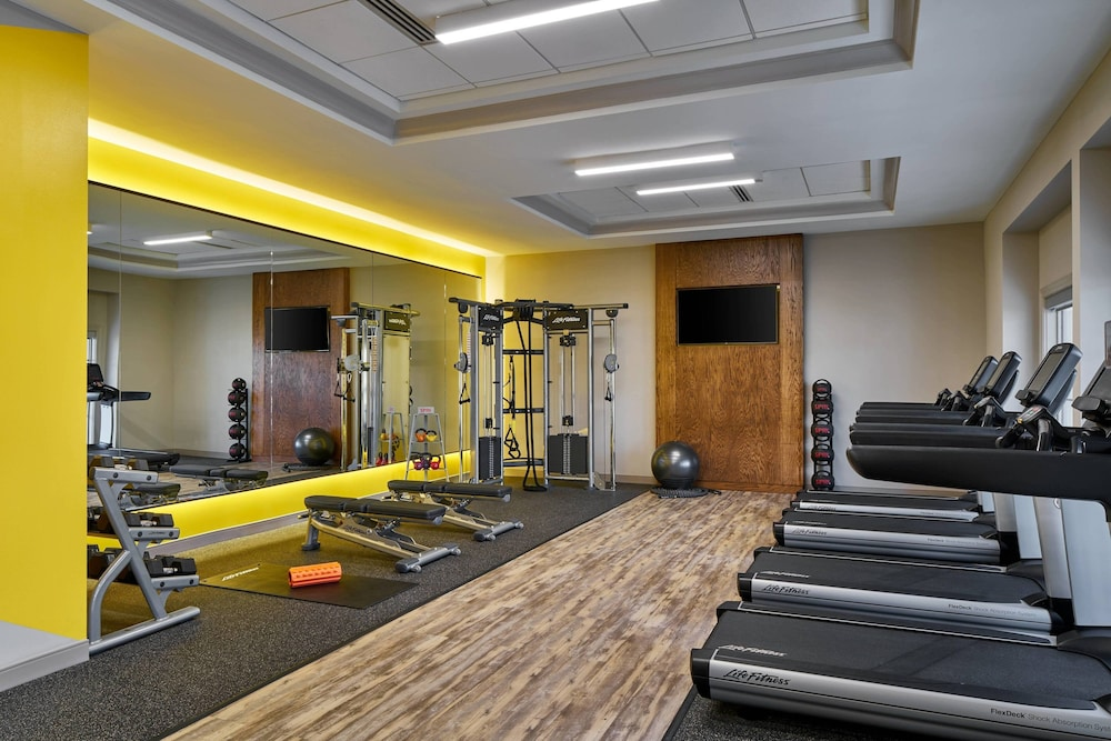 Fitness Facility, Delta Hotels by Marriott Norfolk Airport