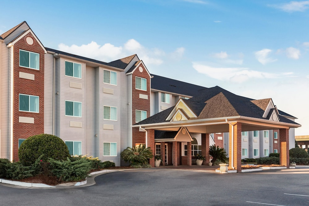 Exterior, Microtel Inn & Suites by Wyndham Tifton