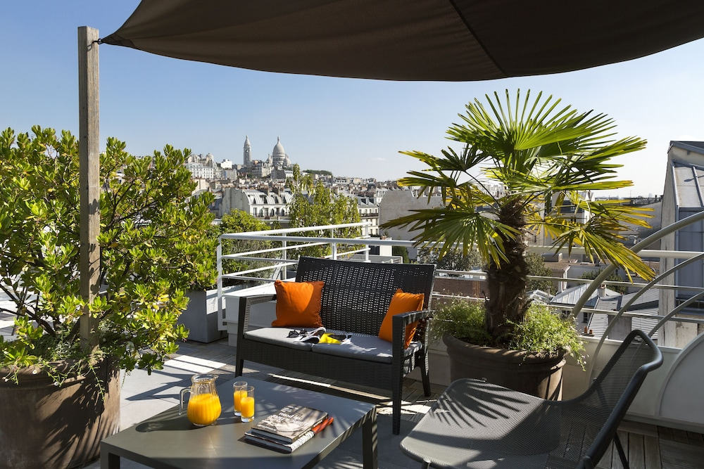 Citadines montmartre paris in paris hotel rates for Paris hotel address
