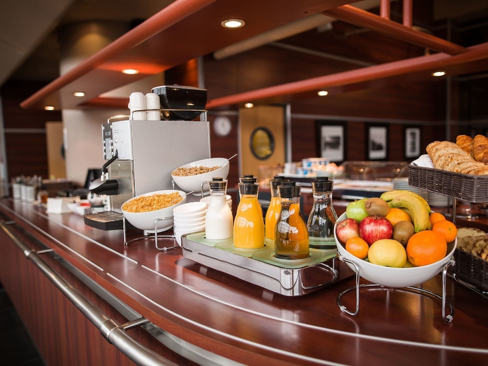 Breakfast buffet, Hotel Lille Europe
