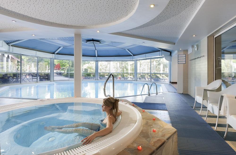 Attirant Mercure Hotel U0026 Spa Aix Les Bains Domaine Marlioz 4.0 Von 5.0.  Terrasse/Patio Profilbild ...