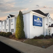 Microtel Inn & Suites by Wyndham Bethel/Danbury