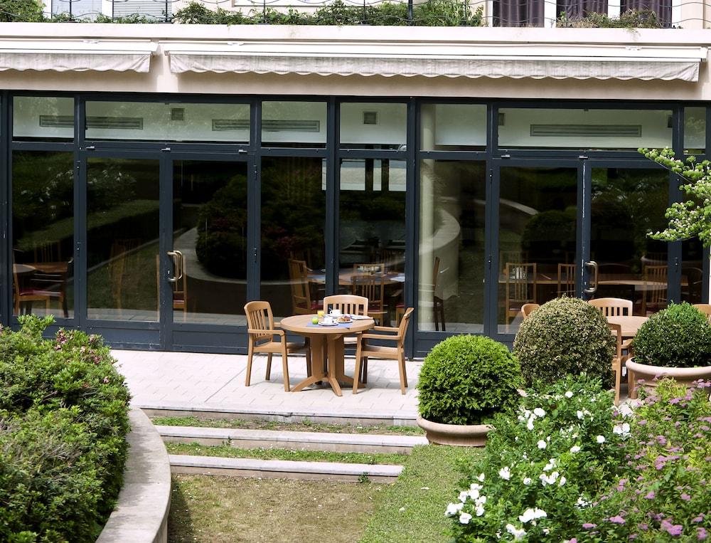 aparthotel adagio porte de versailles 2017 room prices deals reviews expedia