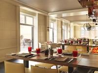 Four Seasons Hotel Prague (35 of 56)