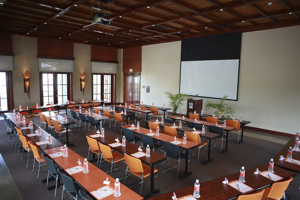 Meeting Facility, Pelican Bay Resort at Lucaya
