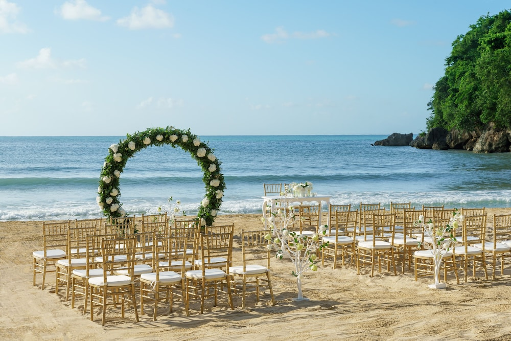 Outdoor Wedding Area, Couples Sans Souci All Inclusive