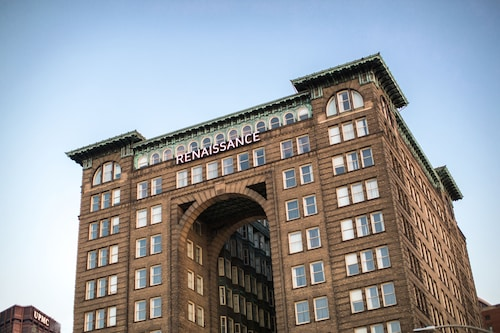 Check Expedia for Availability of Renaissance Pittsburgh Hotel