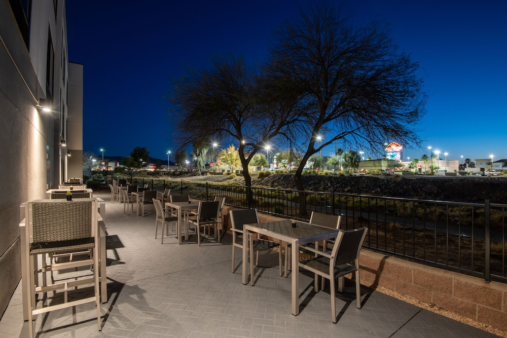 Terrace/Patio, Hampton Inn & Suites Las Vegas-Henderson