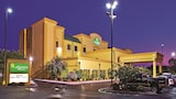 La Quinta Inn & Suites Knoxville East - Knoxville Hotels