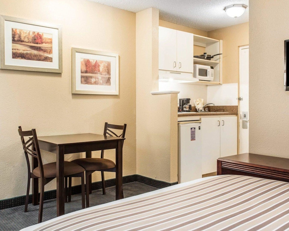 Private Kitchen, Suburban Extended Stay Kennesaw