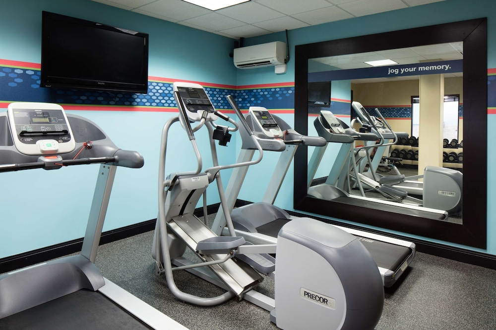 Fitness Facility, Hampton Inn @ Ameristar Casino